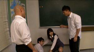 憧れのクラスメイト春咲あずみとココロとカラダが男女入れ替わり!13